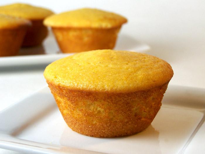 whole-muffin_cuttingboard