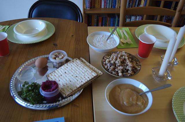 SederTable_kelle
